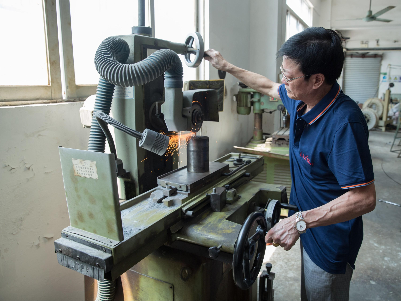 苏州服装金属拉链厂家浅谈选择优质拉链的经验